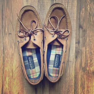 The Original Authentic Sperry Top~Sider size 8M.